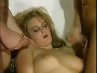Pralle titten nackt