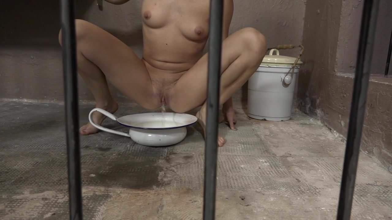 Порно Писсинг Тюрьма
