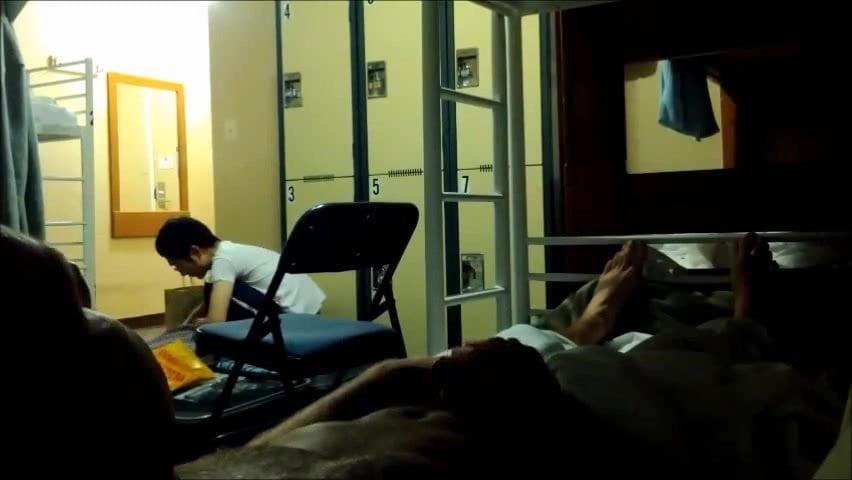 Жесткий секс в хостеле с туристкой из Японии