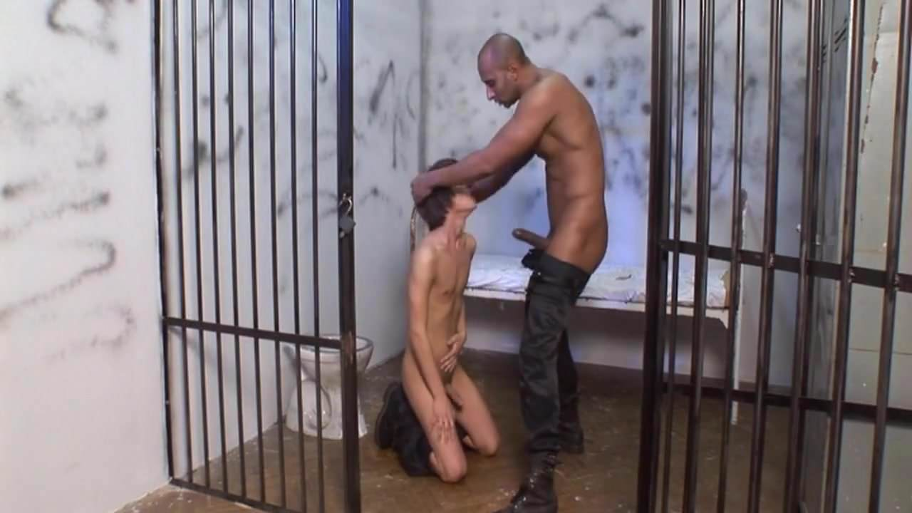 Порно Видео Геев Изнасиловали В Тюрьме