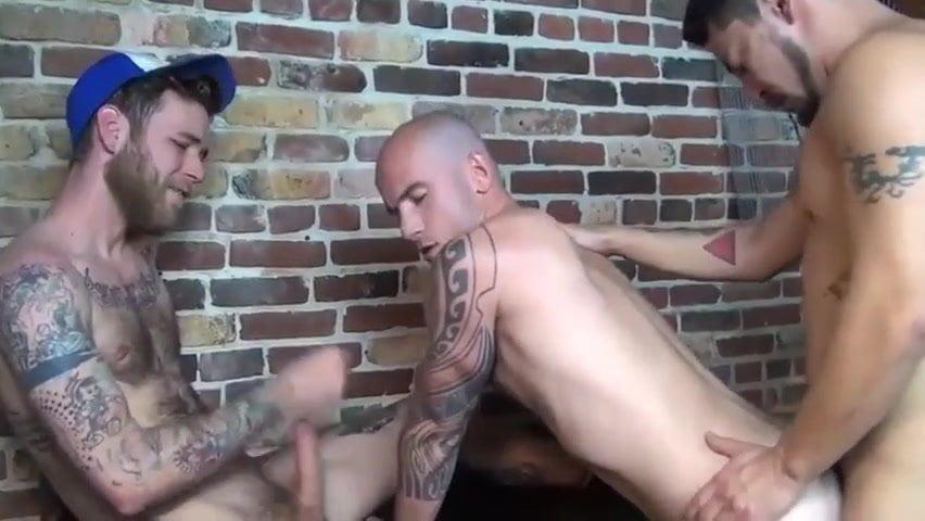 Порно Геи Петух