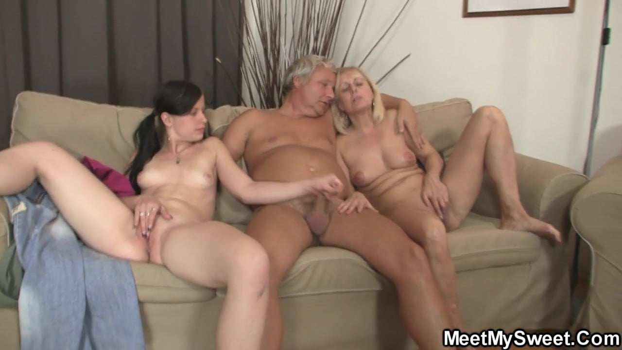 Найти Жена И Дочь Порно