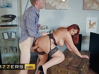 vendedora madura folla esposo de la clienta
