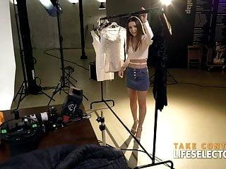 Gorgeous photo shoot nude Photo shooting affair with gorgeous sybil