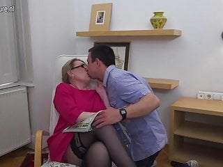 Twink boy hard on - Mature lady fucking her toy boy hard and long