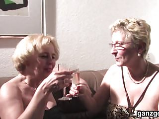 Sexy german girl Ganzgeil.com sexy german grannies plays with their pussies