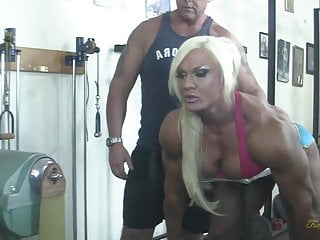 Woman sucks thickest cock ever British muscle woman sucks cock, gets fingered