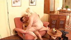 Blond BBW granny in leather