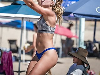 Womens beach volleyball nudes - Gotta love womens beach volleyball