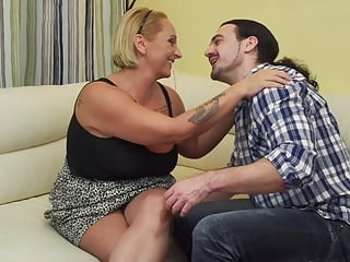 Free beauty mother nude Big beautiful mother suck and fuck lucky son
