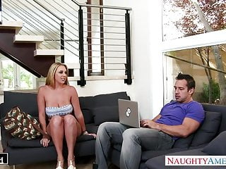 Brooke hogan getting fucked - Blonde brooke wylde gets big tits fucked