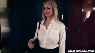 Hot Housewife In Fishnets Caught Cheating Gets Anal Fucked