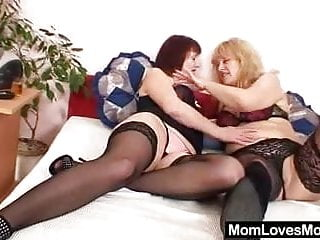 Anal additives Amateur mom experimenting in addition to other madame