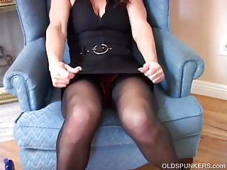 Wet sexy moms - Super sexy milf in stockings loves fucking her wet pussy