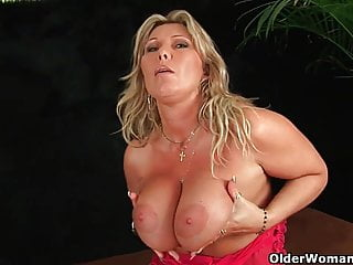 Heavy top big boob - Sweet matured lady with heavy boobs fucks herself