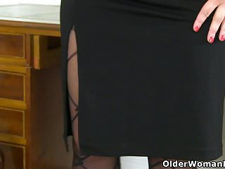 Scorpio and aries sex - British milf sexy scorpio stuffs her pussy with tights