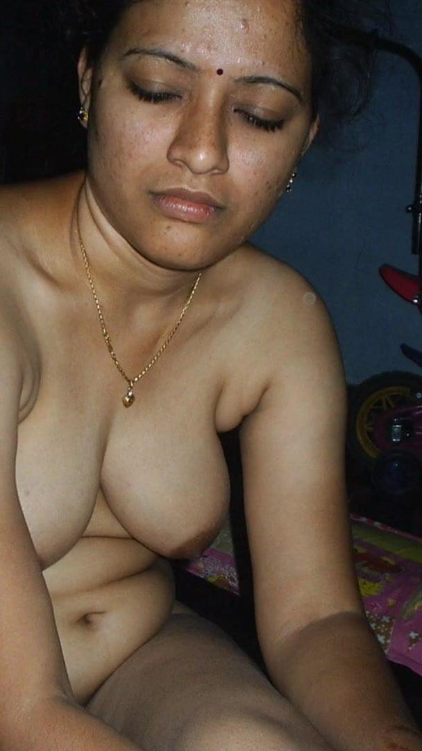 Pakistani Ladkiyon Ki Nangi Photo My Desi Boobs