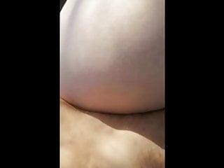 Dick od pussy video Kurvica voli zakucavanje od pozadi
