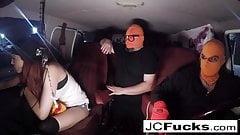 Jayden Cole entführt Leya Falcon und verletzt ihr Arschloch