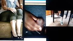 Cindy cum homenaje a pies y piernas