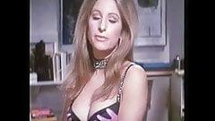 Barbra Streis и топлесс