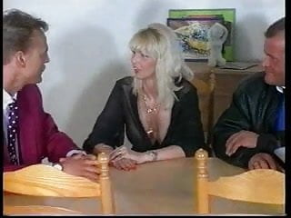 Mens facial products - Sandra foxx-mature busty blonde with 2 men gr-2