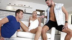 Bisex guy caught on cheating his girlfriend