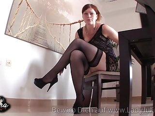 Mature german woman nylons high heels Domina erzieht sklaven in nylons und high heels