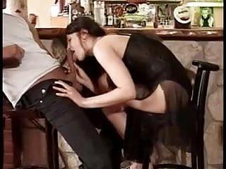 Whats normal sex life - Ein ganz normaler samstag in der swinger-kneipe nebenan