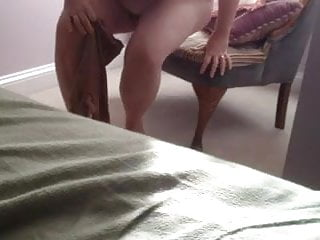 Amateur pantie hose site - Putting on her panty hose over her hairy pussy