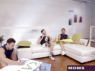 Free moms fucks son videos Cheating milf fucks son and his friends when hubbys away