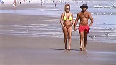 spied beach mature pussy hair jiggly huge tits 50
