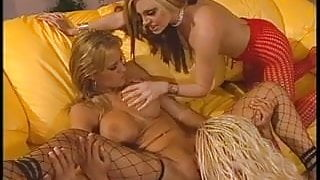 Blonde lesbos licking & fingering pussies