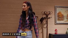 Eliza Ibarra Seth Gamble - Feels Good To Be Bad - Brazzers