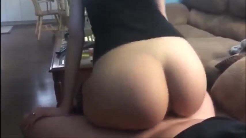 Ebony Bouncing The Dick