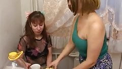 russian mom and girl 17 of 26