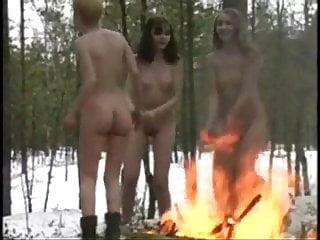 Nude vintage - Girls dance nude outdoor