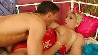 Tits Cumshot For Chubby Mature
