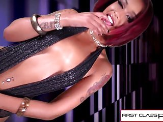Watch sexy latinas - Firstclasspov - watch sexy skin diamond sucking a big dick