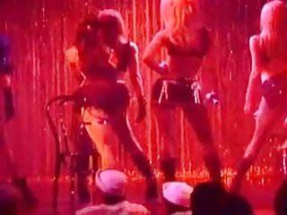 Gwen stefani naked porn Gwen stefani the pussycat dolls