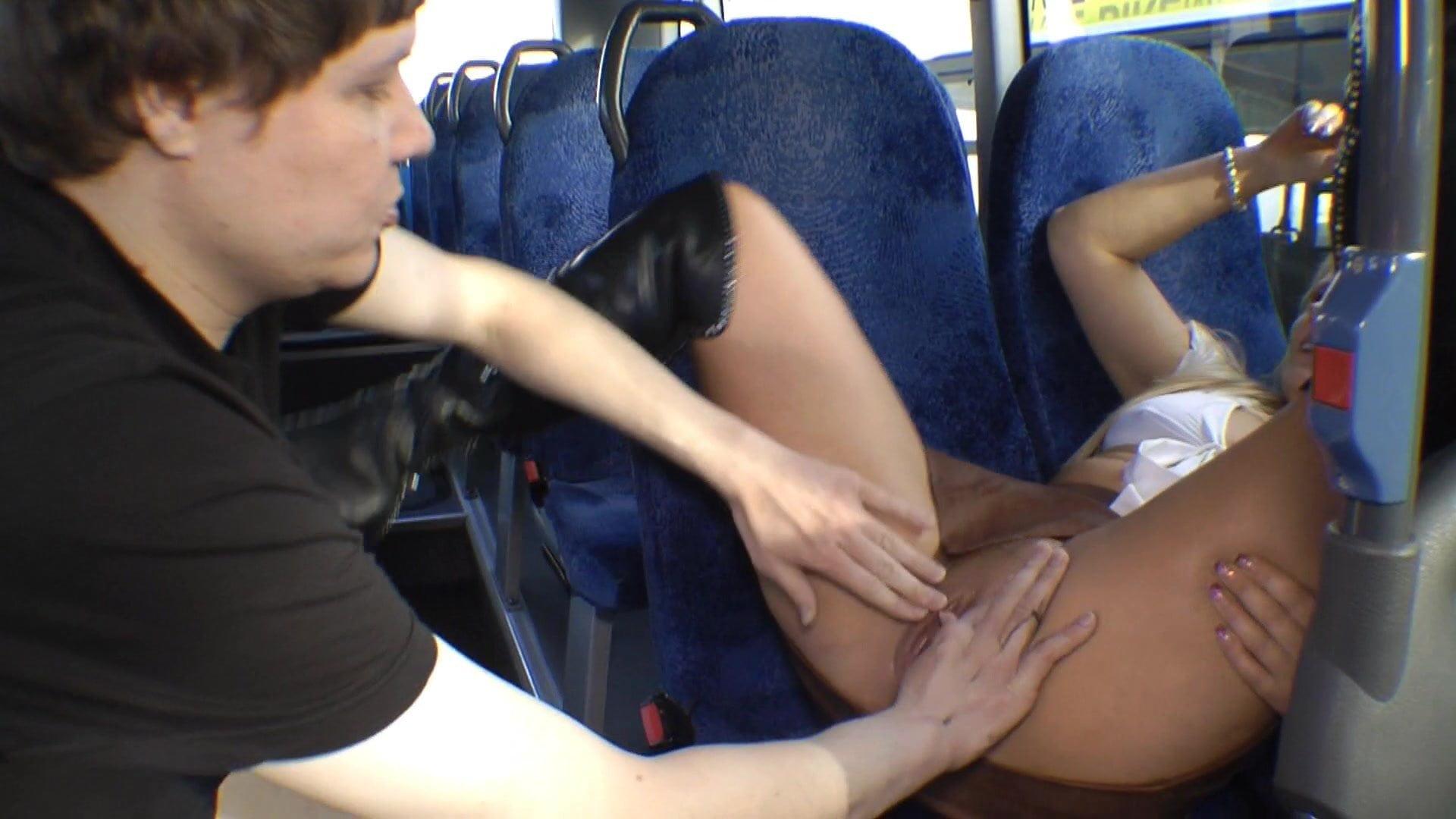 Ficken Bus
