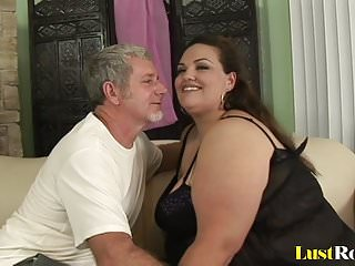 Ways men suck cock - Bbw angelina has her way of pleasing men