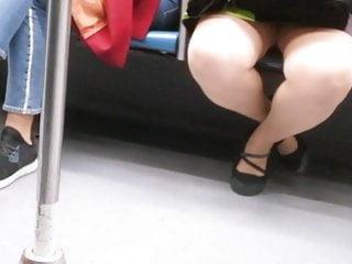 Free voyuer video cum women Voyuer in train
