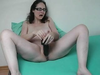 Huge toy mature German milf playing with her huge dildo