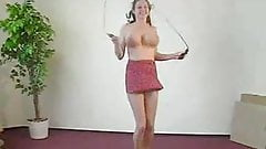 Skipping rope + big boobs = Fun !