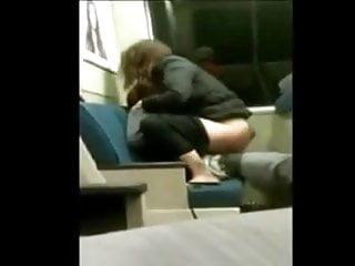 Meninas sex Menina fodendo com mendingo no metro