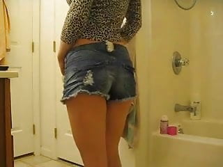 Daisy duke shorts and pantyhose pics Our lovers daisy dukes