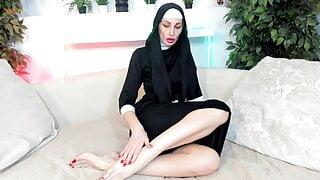 Nun hot milf fingering her feet with a dildo