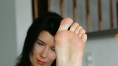 Splendid feet with lovely toes and bunions
