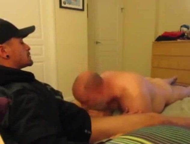 Straight Guy Gives Blowjob